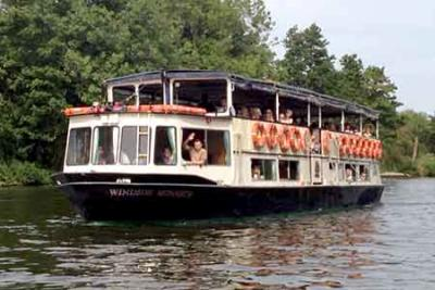 Boat trips from Maidenhead to Windsor