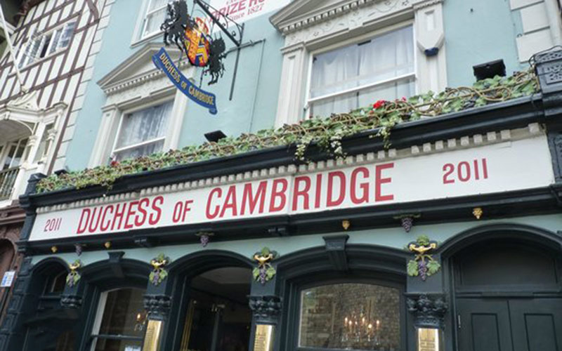 The-Duchess-of-Cambridge-Pub-Windsor-Berkshire-Where-to-Eat-Drink