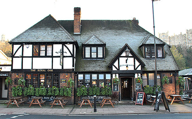 The-Royal-Oak-Pub-Windsor-Berkshire-Where-to-Eat-Drink