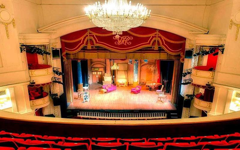 Theatre-Royal-WIndsor-Berkshire-Travel-Tourism-Entertainment-Culture-Theatre