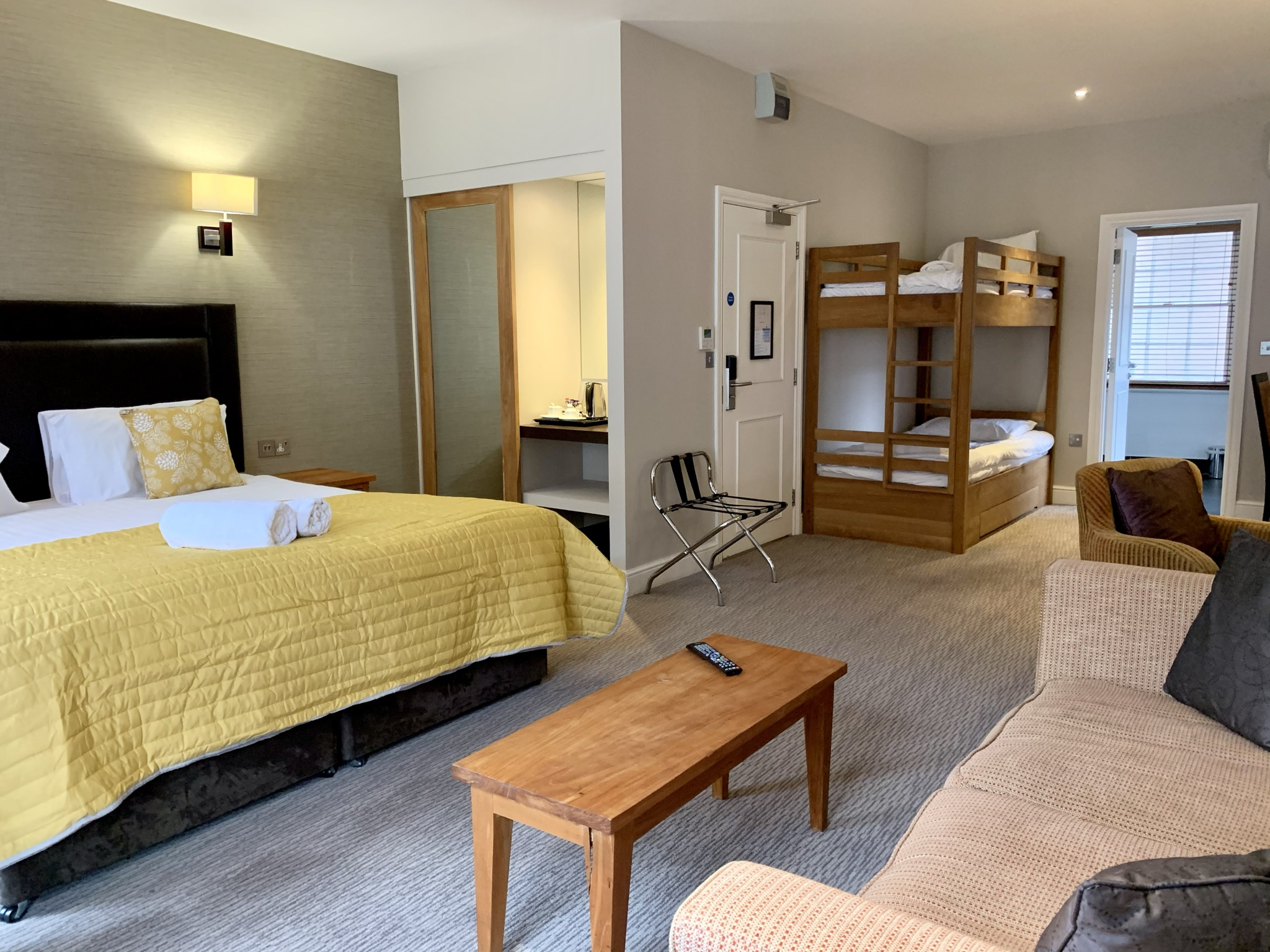 Goswell House Family Room Windsor Hotels